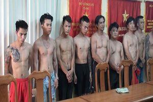 TP HCM: Bắt nhóm đối tượng tạt sơn 'khủng bố tinh thần' quán phở