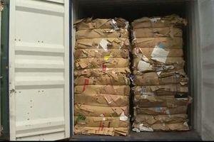 Loay hoay xử lý hàng ngàn container hàng phế liệu 'vô chủ'