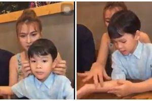 Chồng trẻ Thu Thủy bị tố đối xử không tốt, lén cấu con riêng của vợ ngay trên sóng livestream