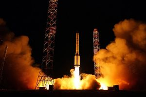 Nga phóng vệ tinh quân sự lên quỹ đạo