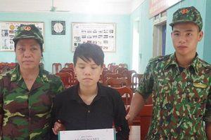 Nữ quái buôn người bị bắt giữ trên đường sang Trung Quốc bán bé trai 1 tuần tuổi