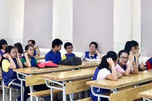 Hà Nội: Bị bỏ quên trên xe ô tô đưa đón của trường, bé trai lớp 1 tử vong