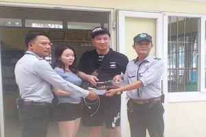 Đà Nẵng: Hai lần nhặt và trả lại cho du khách số tiền hơn 80 triệu đồng