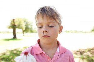 Chảy máu cam, máu mũi: Cách cầm máu chuẩn nhất