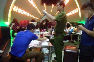 21 thanh niên phê ma túy bay lắc trong quán karaoke ở Hà Giang