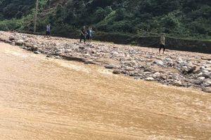 Thanh Hóa: Đào xới toàn bộ khu vực bị vùi lấp bản Xa Ná vẫn chưa thấy thêm nạn nhân