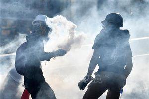 Hong Kong (Trung Quốc) kêu gọi người dân đoàn kết chống bạo lực