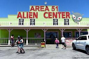 'Săn' người ngoài hành tinh tại khu quân sự bí mật 'Vùng 51' giữa sa mạc Nevada