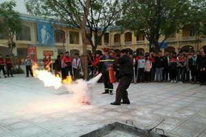 Kỹ năng phòng ngừa thương vong trong học đường khi xảy cháy
