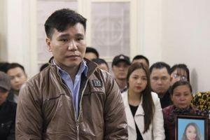Ca sĩ Châu Việt Cường được giảm án, bật khóc tại tòa