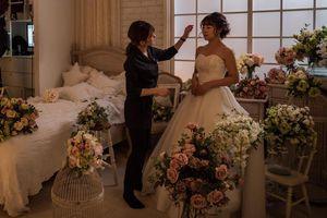 Mệt mỏi trước hôn nhân, phụ nữ Nhật làm đám cưới với chính mình