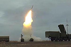 S-400 đánh chặn mục tiêu bay 1.000m/s