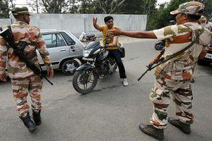 Đột nhập vùng đất Kashmir giữa căng thẳng Ấn Độ-Pakistan bùng phát