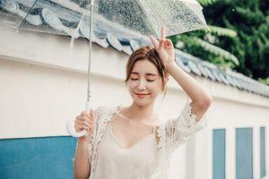 Mùa mưa nên sử dụng kem chống nắng nào là thích hợp?