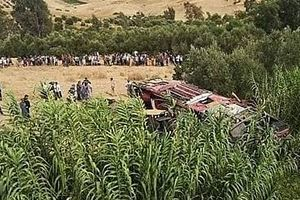 Lật xe khách tại Maroc, gần 50 người thương vong