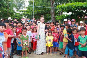 Hành trình yêu thương cho trẻ em vùng dân tộc thiểu số