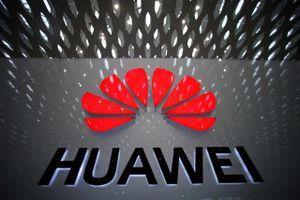 Mỹ 'tung đòn' nhằm vào Huawei và các công ty công nghệ Trung Quốc