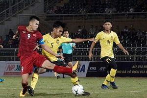 U18 Việt Nam hạ đương kim vô địch Đông Nam Á nhờ cú sút phạt góc may mắn