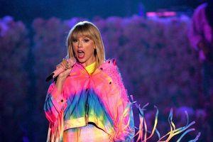 Toàn bộ tên 18 ca khúc trong album Lover của Taylor Swift được tiết lộ trước giờ G