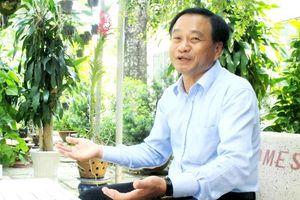 Chân dung Chủ tịch tỉnh tự đi làm bằng xe máy ở Đồng Tháp