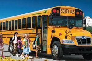 Ở nơi xe đưa đón học sinh được coi như 'xe Vua'