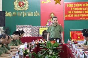 Tăng cường công tác đảm bảo an ninh, trật tự huyện đảo Vân Đồn