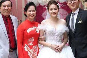 NSND Lan Hương: 'Con dâu gọi vợ chồng tôi là anh Kỷ, chị Hương'