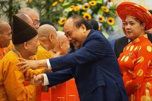 Thủ tướng Nguyễn Xuân Phúc gặp mặt, biểu dương các chức sắc tôn giáo tiêu biểu