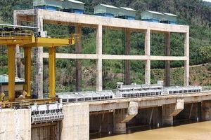 Thủy điện Đắk Kar kẹt cửa van xả đe dọa tính mạng và tài sản của người dân