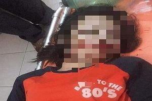 Vướng phải dây điện rơi giữa đường, nữ sinh 17 tuổi tử vong