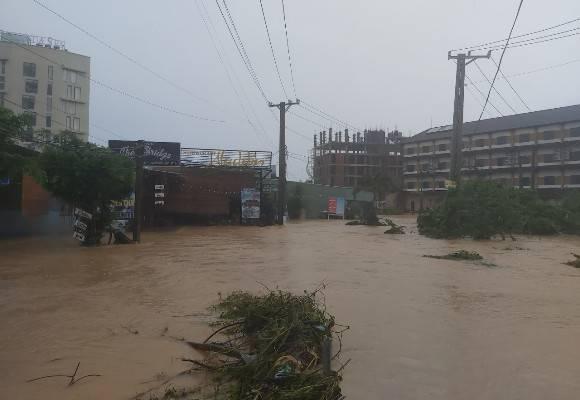 Đảo Phú Quốc lại ngập nặng