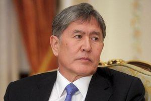 Kịch chiến ở Kyrgyzstan: 1000 cảnh sát đặc nhiệm tấn công, cựu tổng thống Atambayev bị bắt