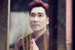 Quang Hà: Tôi tụng kinh, niệm Phật hằng ngày nên không sợ tháng cô hồn!