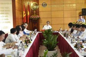 Bí thư Thành ủy Hoàng Trung Hải làm việc với Cục thống kê thành phố Hà Nội