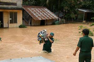 Giải cứu 6 người mắc kẹt trên cù lao Ba Lềnh ở Đồng Nai