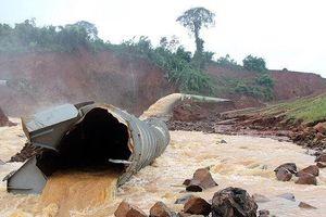 Di dời khẩn cấp 5.500 dân vì nguy cơ vỡ đập thủy điện Đắk Kar