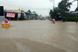 Phú Quốc ngập chưa từng có, huy động khoảng 1.500 cán bộ giúp dân