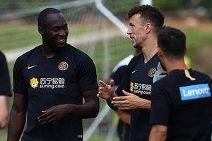 Romelu Lukaku lao vào tập luyện ngay khi vừa đến Inter Milan