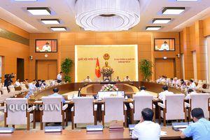 Ủy ban Thường vụ Quốc hội Báo cáo tổng kết kỳ họp thứ 7 Quốc hội khóa xiv