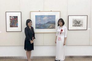 Tác phẩm của nữ sinh Việt 17 tuổi được triển lãm tại Bảo tàng Mỹ thuật Nhật Bản