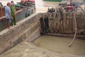 Nổ súng bắt 'cát tặc' trong đêm trên sông Đồng Nai