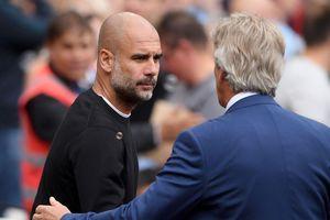 Những pha phạm lỗi giúp Man City trở thành đội bóng thiên tài