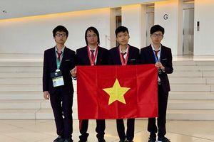 Học sinh Việt Nam giành 4 Huy chương Olympic Tin học quốc tế