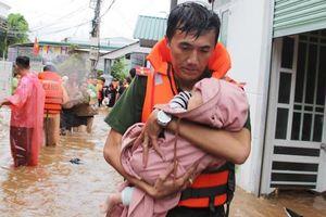 Kinh hoàng lũ lụt tàn phá tan hoang, ám ảnh dân Việt