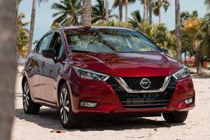 Nissan ra mắt xe sedan mới, giá chỉ từ 338 triệu đồng
