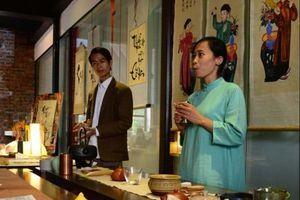 Vũ Thiên Tân - cô gái dẫn trà
