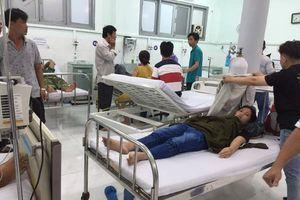Bình Thuận: Tắm biển 4 người bị sóng cuốn tử vong, 5 người cấp cứu