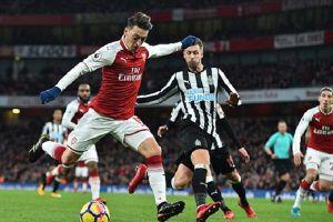 Newcastle - Arsenal: Pháo thủ 'khai nòng'