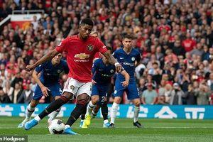 Trực tiếp MU 4-0 Chelsea: Daniel James ghi bàn đầu tiên trong màu áo MU