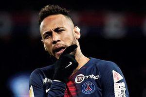 Neymar bị fan chửi 'đồ con hoang' trong ngày PSG đại thắng